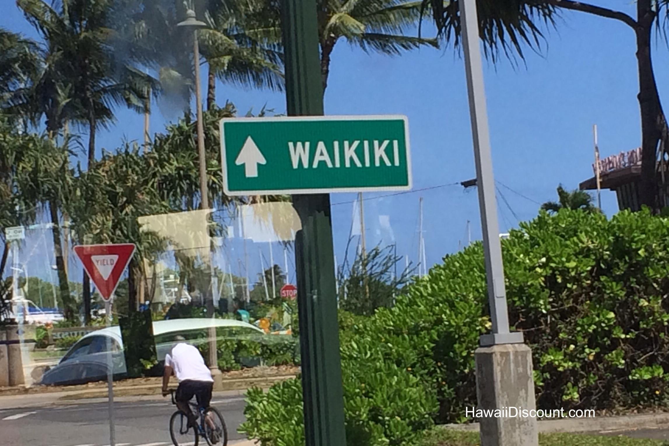 Airport Shuttle in Honolulu